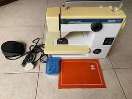 Elnita 140 Sewing Machine