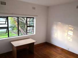 Room To Rent in a House in Boston