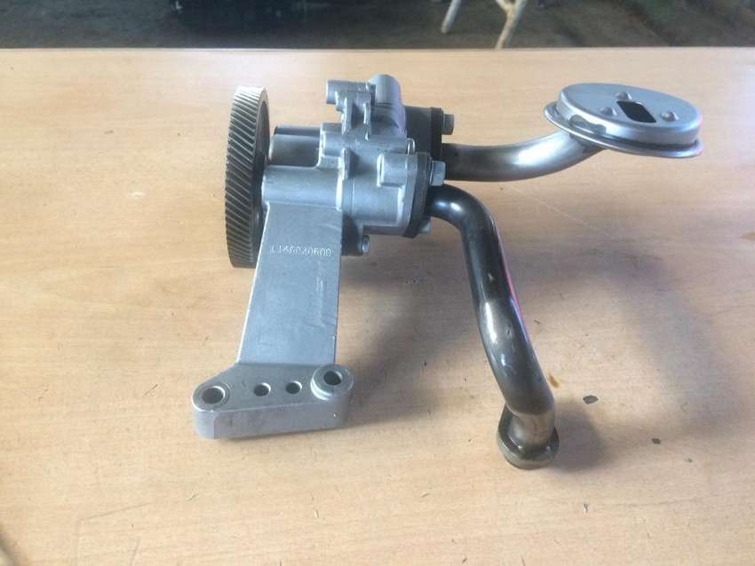 Kia 2.0 CRDI oil pump for sale 0