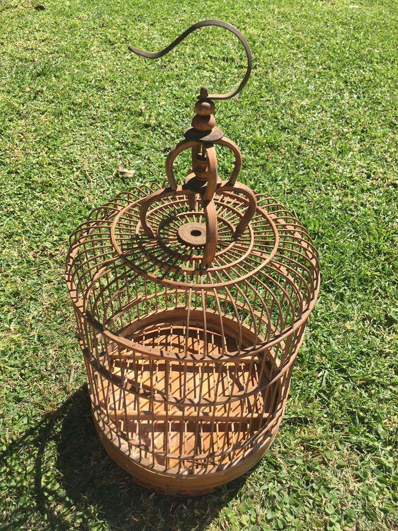 Bamboo wood bird cage for very small birds 0