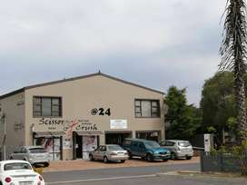 Retail Space and  med size offices to let