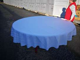 1.8 diameter round table for sale with 2 table cloths