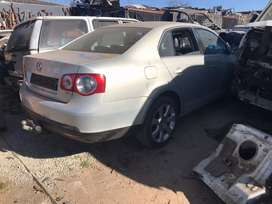 Jetta 5 2.0 TDI stripping for spare parts