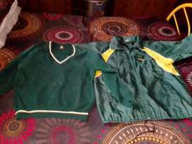 Whant to sell school jacket and jesey of cillie high school