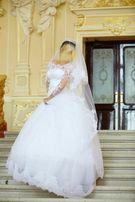 Срочно продам свадебное платье, размер 40-42, на рост 1.80