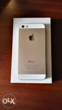 iPhone 5s gold back,white front. 0