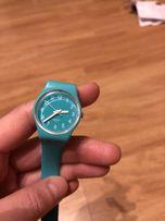 Zegarek swatch, zielony (pistacjowy).