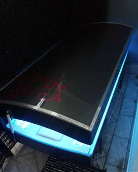 Sunbed for sale /Earning potential