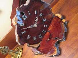 Mantle clock, wood, electric clockwork, used, runs fine.