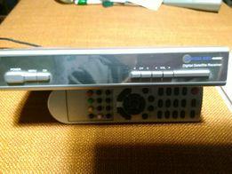Продам тюнер Digital Box 4100 C