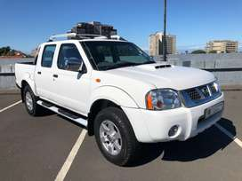 2015 Nissan NP300 DC in excellent condition FSH LOW MILEAGE one owner