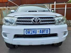 Used 2011 Toyota fortuner 3.0D4D manual