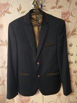 Чоловічий піджак розмір 50/182.Одягався лише раз