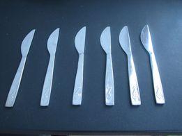 Sześć nożyków do masła - okres PRL-u
