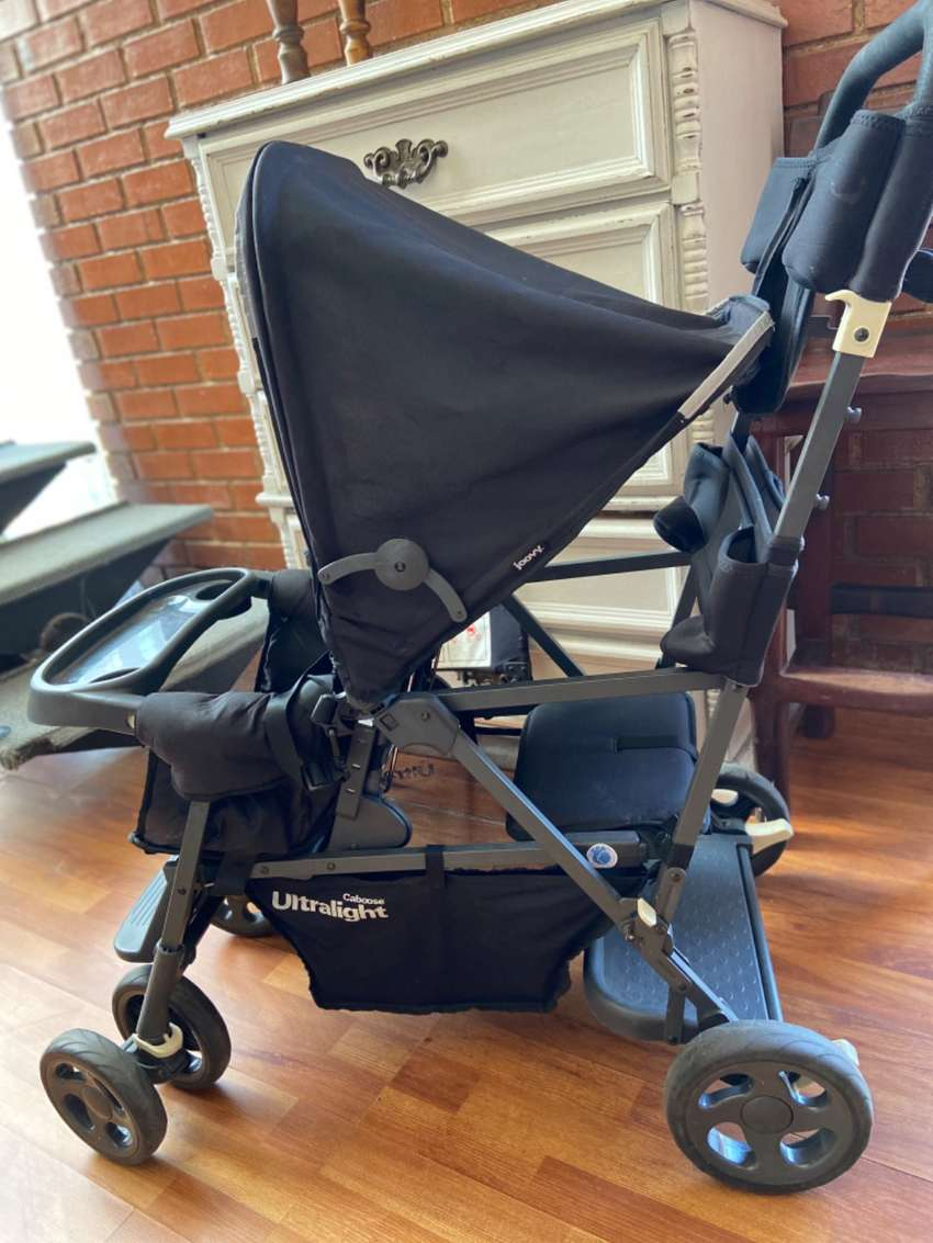 Joovy caboose stroller ( for baby and toddler seat) ultra light