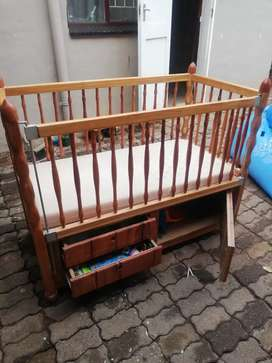 Cot fore sale