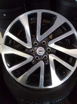 "18"" New Nissan Navara mags to use for spare wheel for R1500."