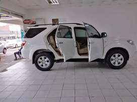 Toyota fortuner 3.0 D4D available now for sale in perfect condition