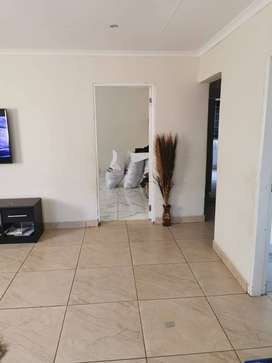 2bedroom cottage is available for rent in primrose,  04/07/2020
