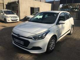 2017 Hyundai i20 1.4 Fluid hatchback 3000 kilo For R136,000