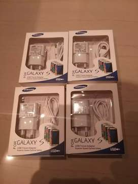 Original Samsung chargers  for sale for R100