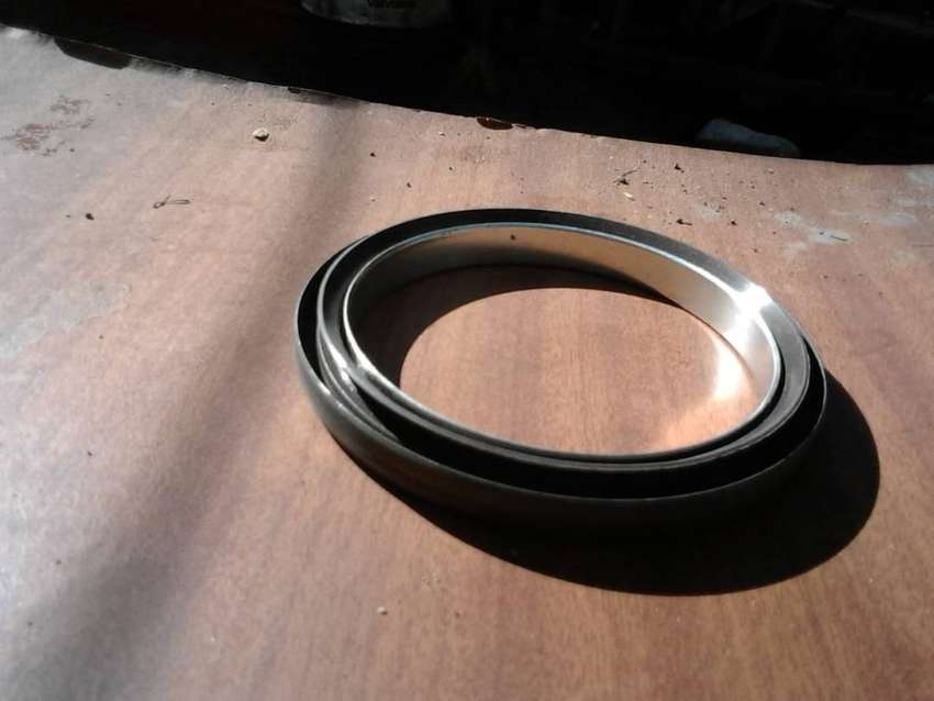 SEAL  -   MAIN BEARING  -   ISUZU KB 250 D 0