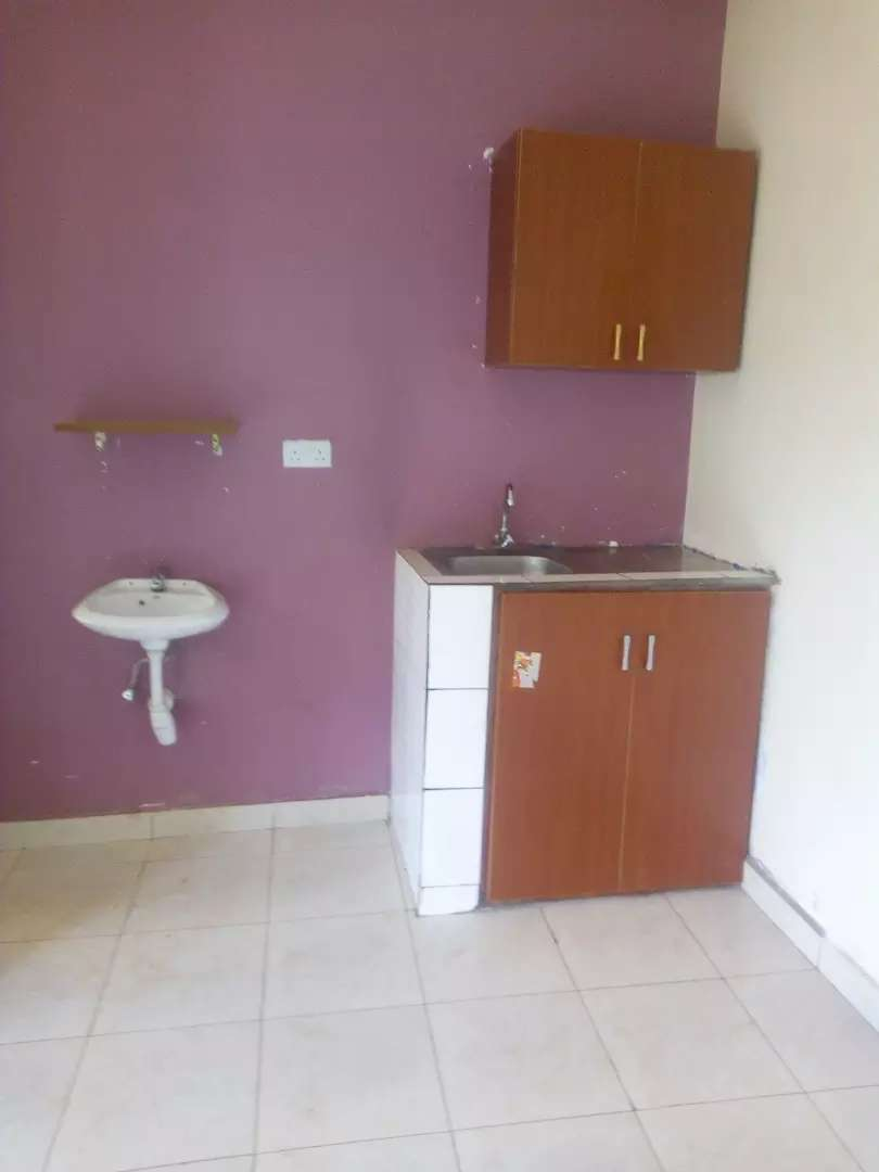 Classy Single room self contained at mutungo kunya 0