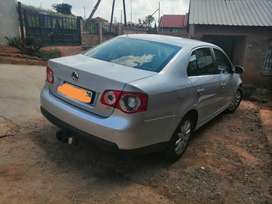 Very good condition, spare keys available, electric windows, start go