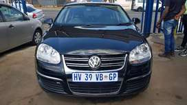 Vw Jetta 5 2.0 automatic and good condition