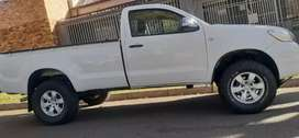 TOYOTA HILUX SINGLE CAB HIGH RIDER LONG BASE IN EXCELLENT CONDITION