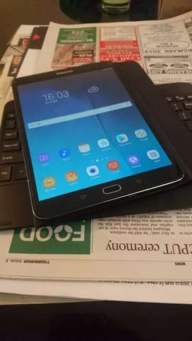 SAMSUNG TAB S2 32GB & BLUETOOTH KEYBOARD