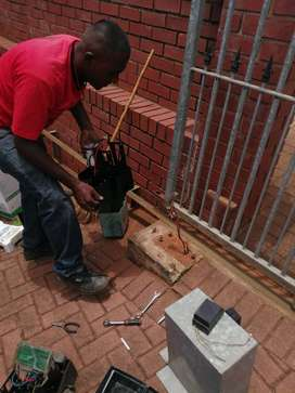 Gate and garage motor repairs and installation throughout Durban 24/7