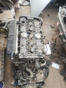 Ford Focus St 2.5 liter complete engine for sale.
