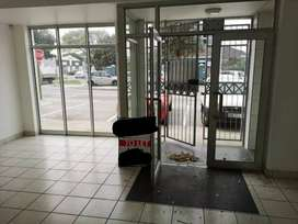 Shop Space to let/Business for sale