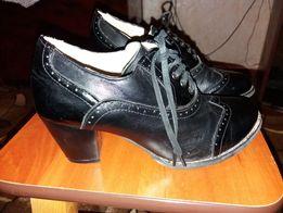 Продам ботиночки 37 размер
