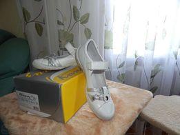 Продам НОВІ шкіряні туфлі 36р.