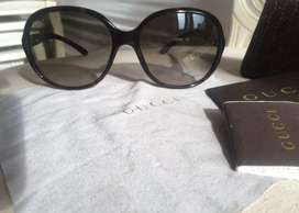 Authetic Gucci Sunglasses in great used condition