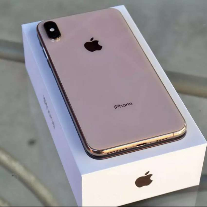 New Iphone xs max 512gb 0