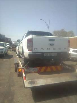 Transportation nationwide with bakkie and trailer: Whatsapp or call