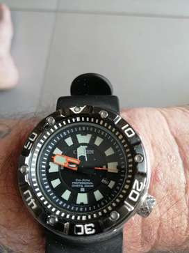 Saturation Diving watch