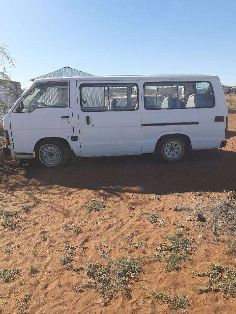 1991 model Toyota Hiace taxi 15 seaters 0