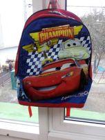 Продам школьный рюкзак для мальчика Disney Pixar с Молнией Макквин