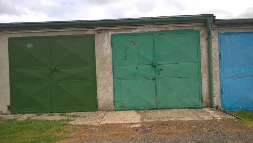 Pronájem garáže v Chomutově 0