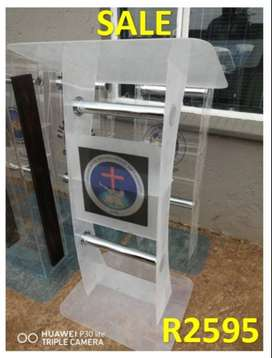 C Shape White Church Stand/Pulpit