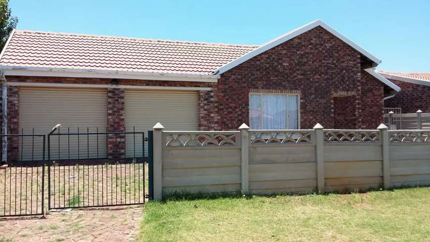 Accommodation available in Dassierand potchefstroom. Close to varsity