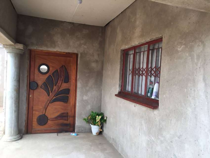 Tiled 3 bedroom house with enough space for sale 0