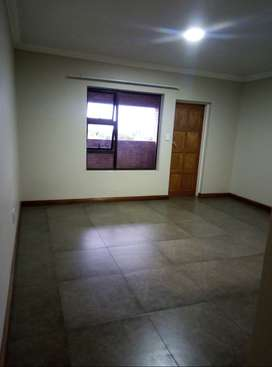 Flat to rent in Die Heuwel