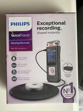 Brand New Philips Voice Recorder DVT8110 with 360° Meeting Microphone