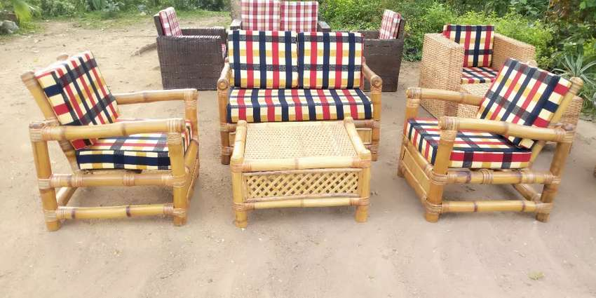 Bamboo chairs 0