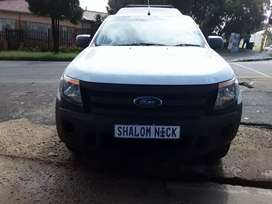 Ford Ranger Single Cap with Canopy 3.2ltr